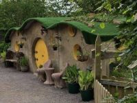 Glenview Gardens and Hobbit House
